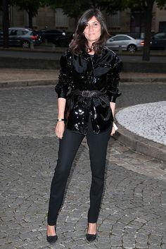 Back to black...Emmanuelle in high shine patent leather. #MiuMiu #EmmanuelleAlt