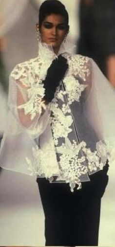 Gianfranco Ferre for Christian Dior Dior Fashion, Couture Fashion, Womens Fashion, Mode Plus, Fru Fru, Gianfranco Ferre, Elegantes Outfit, Ferrat, John Galliano