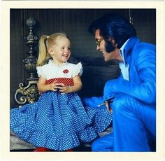 Too cute. <3 From a family photo session: Lisa Marie with her father Elvis at their 1174 N. Hillcrest Road home in Los Angeles, CA on December 10, 1970. Photo by Frank Carroll. See more pix: http://www.elvis-collectors.com/candid-central/lep71.html