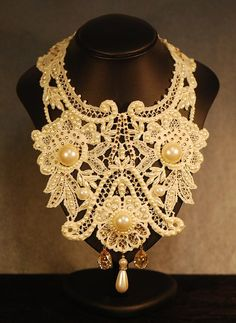Wide Cream Lace Collar Necklace Jewelry