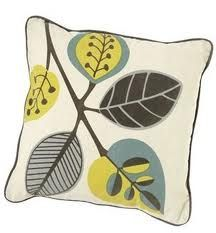 Inspiration: Retro Leaf Patterns Pattern: Leaf Motif Style: Retro Colors: Browns, yellows and greens Looking at the theme of retro… Online Art Gallery, Bing Images, Floral Design, Projects To Try, Doodles, Mid Century, Cushions, Leaves, Throw Pillows
