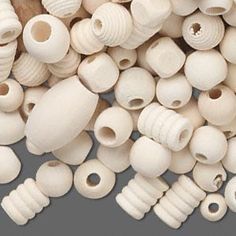 Bead mix, wood (natural), 13x11.5mm-32x20.5mm mixed shape. Sold per 1-1/4 pound bag, approximately 390 beads.