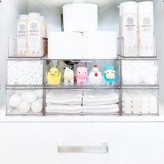 Linen Closet Organization, Home Organisation, Organization Hacks, Kids Bathroom Organization, Stackable Plastic Storage Bins, Clear Bins, Baby Bathroom, Bathroom Drawers, The Home Edit