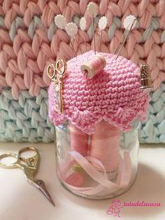 Captivating Crochet a Bodycon Dress Top Ideas. Dazzling Crochet a Bodycon Dress Top Ideas. Crochet Cozy, Love Crochet, Crochet Gifts, Crochet Flowers, Crochet Jar Covers, Crochet Pincushion, Crochet Decoration, Crochet Accessories, Pin Cushions