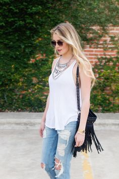 Boyfriend jeans and necklace // www.hustleandhalcyon.com