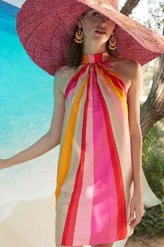 Our spring collection has arrived – filled with happy hues and breezy fabrics for effortless, mood-boosting style. 70s Fashion, Vintage Fashion, Womens Fashion, Fashion Trends, Vogue, Summer Looks, Dress Me Up, Spring Summer Fashion, Cute Outfits