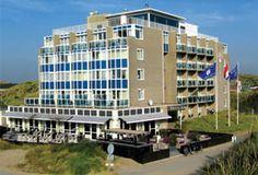 Hotel-Restaurant Zeeduin  Gelegen aan de rand van het dorp Wijk aan Zee op slechts 50 meter van het strand ligt Fletcher Hotel-Restaurant Zeeduin. Wijk aan Zee heeft het breedste strand van de Nederlandse kust en ligt in een uitgestrekt duingebied met tientallen fiets- en wandelpaden. Met Beverwijk (Zwarte Markt) IJmuiden (zeehaven) Haarlem Alkmaar (kaasmarkt) en zelfs Amsterdam vlak om de hoek leent de omgeving zich bij uitstek voor leuke uitstapjes.  EUR 44.50  Meer informatie  #vakantie…