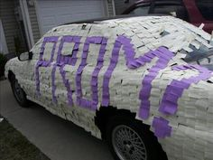 Cute idea :) covering her car in sticky notes