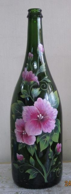 One Stroke Painted Wine Bottle Flower arrangement - green glass bottle with pink painted flowers Wine Bottle Flowers, Wine Bottle Glasses, Wine Bottle Art, Painted Wine Bottles, Painted Wine Glasses, Decorated Bottles, Eye Glasses, Glass Bottle Crafts, One Stroke Painting