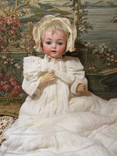 Big, Bouncing Kammer Reinhardt Baby Doll-Mold 121 18 inches tall