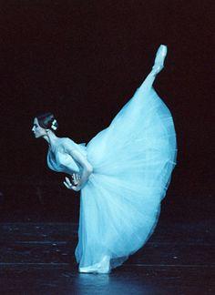 Giselle--love ballet!!!