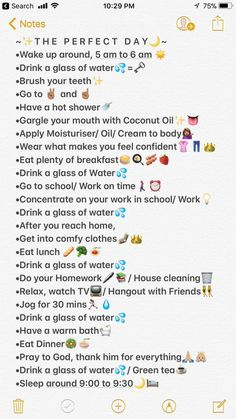 Try doing this routine for once, and it really makes you feel amazing and it's. Produits de Soins de la Peau Try doing this routine for once, and it really makes you feel amazing and it's. School Routine For Teens, Morning Routine School, Life Hacks For School, School Routines, Girl Life Hacks, Sunday Routine, Daily Routine Schedule, Night Time Routine, Middle School Hacks