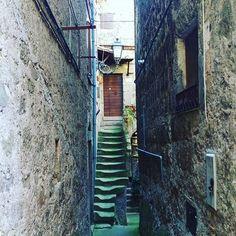 WEBSTA @ mademoisellepilaf - Angoli d'Italia.#instaitalia #bomarzo #tusciaviterbese #tuscia #viterbo #lazio #igerlazio #igersitalia #igersviterbo #tusciafotografia #touringclubitaliano #loves_italia#fotografia_italiana #loves_lazio #loves_lazio_ #ig_fotoitaliane #volgoitalia #volgoviterbo #ig_italy #ig_4every1 #volgo_lazio #photooftheday #like4like #repost