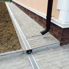 Backyard Drainage, Landscape Drainage, Backyard Patio, Landscaping Retaining Walls, Home Landscaping, Front Yard Landscaping, House Deck, Lawn And Garden, Outdoor Projects
