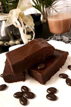 Orijinal Brownie Tam l - Nefis Yemek Tarifleri # ikolatal tarifler nemlidir Cheesecake Brownie, Brownie Recipes, Cheesecake Recipes, Yummy Recipes, Yummy Food, Tasty, Dessert Recipes, Chocolate Desserts, Chocolate Cake