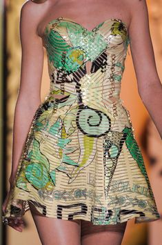 in LOVe with this dress from Versace Fall 2012 line