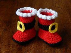 Crochet Santa, Crochet Kids Hats, Holiday Crochet, Crochet Baby Shoes, Crochet For Boys, Baby Flip Flops, Santa Boots, Baby Girl Sandals, Christmas Hat