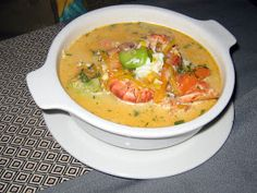 CHUPE DE CAMARONES Chupes are hearty chowders popular along South America's Pacific coast from Chile to Peru. Chupe de camarones is a Peruvian classic made with shrimp and vegetables and is substantial enough to make a full meal. Peruvian Dishes, Peruvian Cuisine, Peruvian Recipes, Chowder Recipes, Seafood Recipes, Soup Recipes, Cooking Recipes, Fish Recipes, Beef Recipes