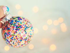 Holiday DIY: Simple Filled and Painted Ornaments Tutorial (a couple super simple and pretty ideas)