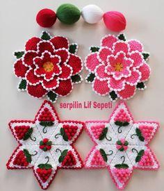 Color Harmony, Needle Lace, Cute Crochet, Beautiful Models, Knitting Needles, Crochet Projects, Crochet Tutorials, Crochet Ideas, Knitting Patterns