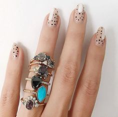 rings and nail polish with pretty stack Nail Design Stiletto, Nail Design Glitter, Cute Nails, Pretty Nails, Hair And Nails, My Nails, Right Hand Rings, Perfect Nails, Nail Trends