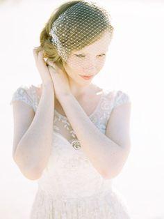 Voile de mariage, voile de Birdcage, voile perlée, Français au filet, accessoire cheveux mariage, voile court, voile Ivoire - Style 415