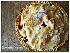 YUM... (a)Musing Foodie: Rustic Cardamom Vanilla Apple Pie