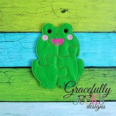Frog puzzle available for purchase at https://www.etsy.com/shop/SchoolhouseBoutique