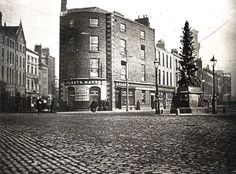 A Pearse of history: Garda station played a part in Easter Rising Ireland Pictures, Old Pictures, Old Photos, Dublin Street, Dublin City, Brunswick Street, Ireland Homes, Irish Celtic, Dublin Ireland