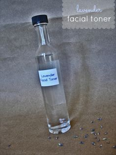 === by Kendra Drake Natural & Homemade Contributor Who loves that clean taut feeling from using facial toner? Unfortunately, that tightness means all your natural protective oils have just be...