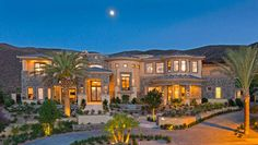 Las Vegas Luxury Homes Luxury Mediterranean Homes, Luxury Homes, Las Vegas Homes, Paradise On Earth, Dream Houses, Nice Houses, Amazing Houses, House Front, House Rooms