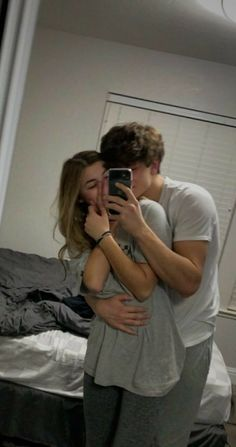 Cute Couples Photos, Cute Couple Pictures, Cute Couples Goals, Couple Photos, Cute Teen Couples, Teenage Couples, Romantic Couples, Wanting A Boyfriend, Boyfriend Goals