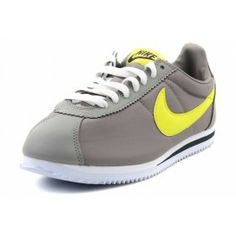 Nike Mens Cortez Basic Leather '06 Casual Shoes Gray