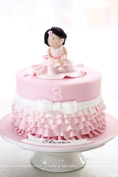 Adorable Girl #Cake #Topper - Pink #Ruffles Cake! So pretty and cute! Great #CakeDecorating We love and had to share!