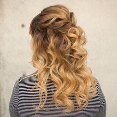 Today Ive teamed up with Kenra Hair products to bring you some fun bridal looks. Todays bridal look is a half up curly bridal style utilizing all of t Curly Half Up Half Down, Half Up Curls, Wavy Curls, Bouncy Curls, Haircut Styles For Women, Short Haircut Styles, Down Hairstyles, Straight Hairstyles, Prom Hairstyles