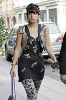 Lily Allen, your vest is to die for :)