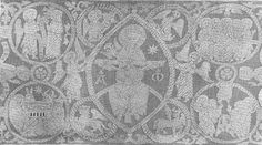Altar cloth with the chair of mercy and the symbols of the evangelists surrounded by angels. On the edges some Christian scenes. The white ...