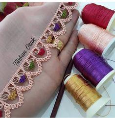 Ekranı sola doğru kaydırın ☺ Bu güzel emekleri beğenmeden geçmeyin lütfen 💕 . . . @elemegigoznuru_oyalarim . .… Crochet Edging Patterns, Crochet Borders, Baby Knitting Patterns, Crochet Motif, Crochet Lace, Crochet Stitches, Romanian Lace, Fabric Embellishment, Viking Tattoo Design