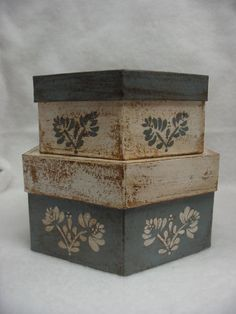 Set of two paper mache hexagon boxes. French blue and white. Flower design on top and sides. Large box is 8 inches wide across the top of the Primitive Crafts, Country Primitive, Wood Crafts, Decoupage Wood, Decoupage Vintage, Shabby Vintage, Shabby Chic, Painted Boxes, Wooden Boxes