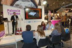 Presentación de la web corporativa en el stand de la Diputación Provincial de Palencia. INTUR 2014.