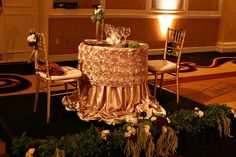 Angela Proffitt | Weddings | Gallery | Fall ❤️the table linens