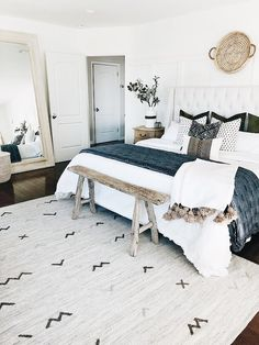 Benjamin Moore Chantilly Lace I love this color and this modern farmhouse . - Benjamin Moore Chantilly Lace I love this color and this modern farmhouse bedroom - Modern Farmhouse Bedroom, Modern Boho Master Bedroom, White Bedroom, Contemporary Bedroom, Master Bedrooms, Rustic Farmhouse, Modern Country Bedrooms, Farmhouse Style, Rustic Bed