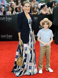 Celeb Mom Style: @SarahJessicaParker #fashion #fashionmom #style