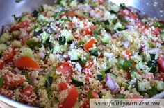 cous cous salad- omit red onion, replace mint with basal, add balsamic. Gourmet Recipes, Vegetarian Recipes, Cooking Recipes, Healthy Recipes, Healthy Meals, Couscous Salad Recipes, Quinoa Salad, Clean Eating, Healthy Eating