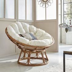 Fauteuil rond en rotin style loveuse avec coussin - Expolore the best and the special ideas about Armchairs Living Room Chairs, Living Room Decor, Desk Chairs, Ikea Chairs, Elle Decor, Home Bedroom, Bedroom Decor, Rattan Armchair, Rattan Chairs