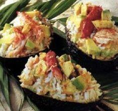 Recette Avocat créole : la recette facile - The Best Authentic Mexican Recipes Caesar Salat, Snack Recipes, Cooking Recipes, Healthy Snacks, Healthy Recipes, Food Inspiration, Love Food, Food Porn, Brunch