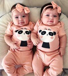 Cute Baby Boy, Cute Baby Smile, Cute Baby Gifts, Cute Baby Shoes, Cute Baby Clothes, Cute Babies, Baby Kids, Hunting Baby, Cute Baby Videos