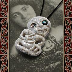 Maori Necklace, New Zealand Tribal Bone Carving Pendant, Handmade by Tuwharetoa Bone® Hei Tiki Maori Words, Polynesian People, Beef Bones, Maori Art, Bone Jewelry, Paua Shell, Bone Carving, Magick, Wearable Art