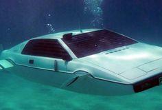 007's Lotus Esprit Submarine
