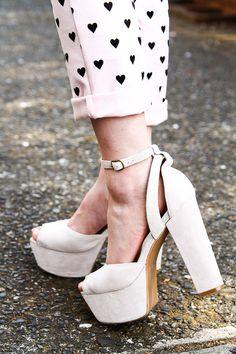 ¡Zapatos que quedan con todo! http://www.linio.com.mx/ropa-calzado-y-accesorios/calzado-ellas/?utm_source=pinterest_medium=socialmedia_campaign=27122012.calzadodamavisible